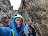 <h5>Sella und Mont Blanc</h5><p>Vier Wochen Sella und Mont Blanc – schön wars! Auch wenn die Gesichter oft Widersprüchliches spiegeln.</p>